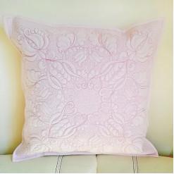 Подушка лоскутная декоративная «Мария»
